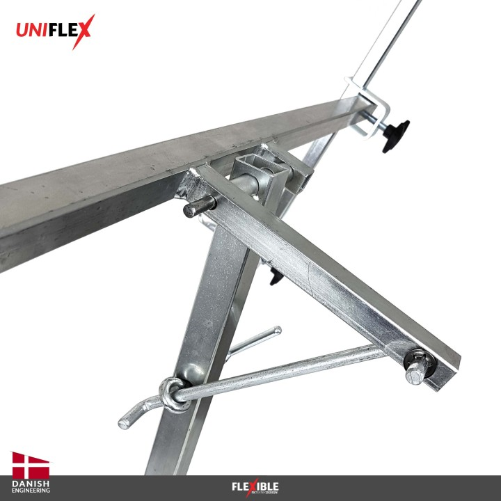 Uniflex paint stand Back turning and locking mechanism